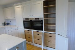Bespoke kitchen with solid oak drawers